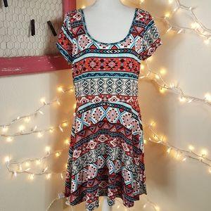 🆕️Southwest Print Dress w/Open Back